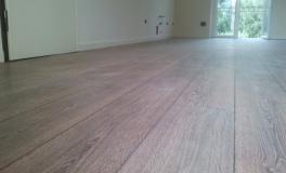 Realizzazione di pavimento in laminato Kronotex decoro Rovere Natur 2999