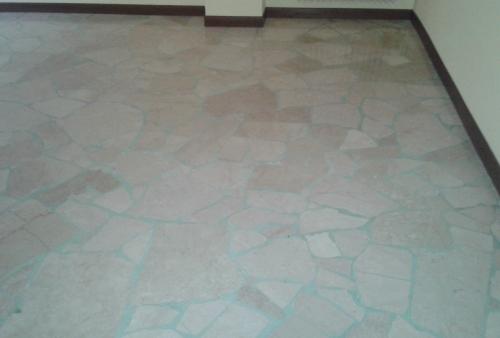 Nostra realizzazione in Brescia di levigatura e lucidatura pavimento in marmo - Opere di levigatura marmo