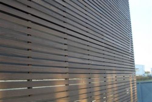 legno per esterni DECKING a doghe - rivestimento a parete - Rivestimento esterno in frassino termotrattato