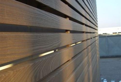 legno per esterni DECKING frassino termotrattato a doghe - rivestimento a parete - Rivestimento in frassino termotrattato
