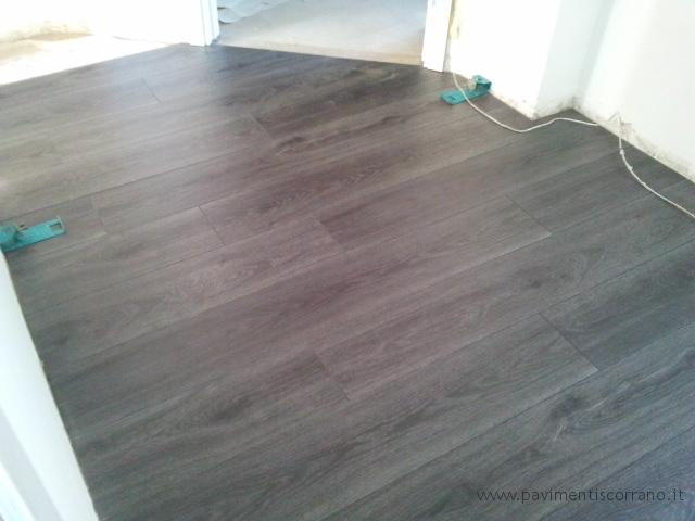 Pavimenti In Rovere Grigio : Realizzazioni pavimenti in laminato