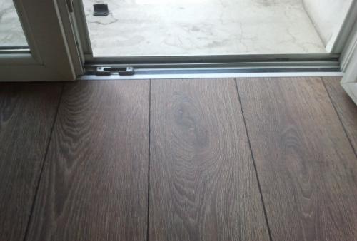 Realizzazione di pavimento in laminato Kronotex decoro Rovere Natur 2999 - PAVIMENTO IN LAMINATO KRONOTEX - LINEA MAMMUT