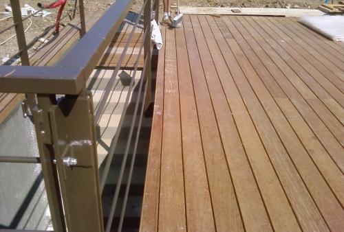 Legno per esterni decking  - Ipé zona piscina villa a S. Felice del Benaco - Brescia - Pavimento in legno esterno in Ipé - San Felice D. Benaco - Brescia