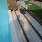 Pavimento in legno da esterni Ipé - bordo piscina, creazione sottostruttura
